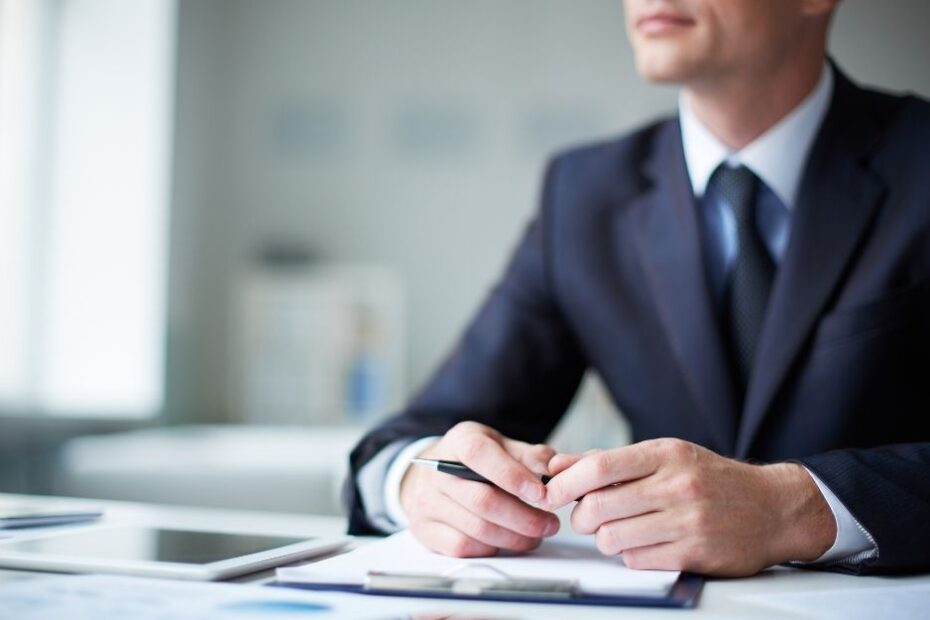 When Do Unfair Dismissal Laws Apply to CEOs?